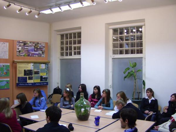 Занятия в Экоцентруме со школьниками